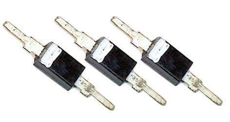 3KB205A, trojice varikapů 2,5-17pF, SOD23