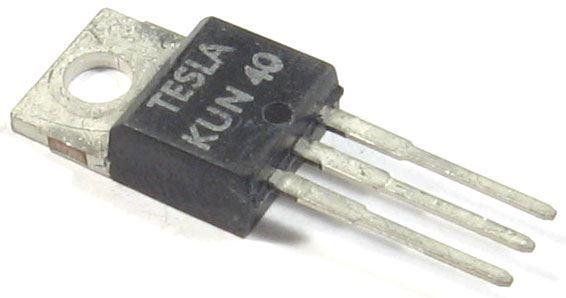 KUN40 N MOS 400V/4,5A 70W       TO220
