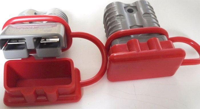 Protiprachová krytka pro proudovou sponu 120A 600V - červená