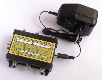 Rozbočovač IN/6x OUT aktivní, širokopásmpvý  s F konektory se zdrojem