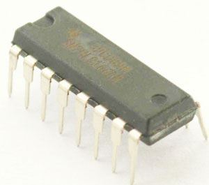 74LS166 8-bit posuvný registr, DIP16 /SN74LS166/ 74166