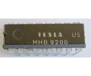 MHB9200 - paměť pro impulsní telefonní volbu, DIL16