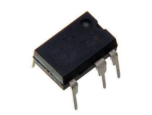 LNK304PN PWM kontroller, DIL7