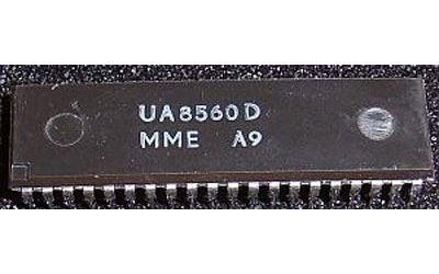 UA8560D - 8.bit MCU, DIP40 /Z80 z produkce DDR/