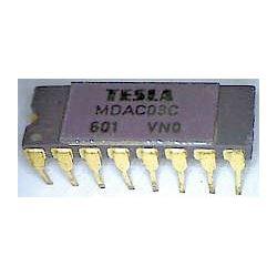 MDAC08C - D/A převodník, DIL16