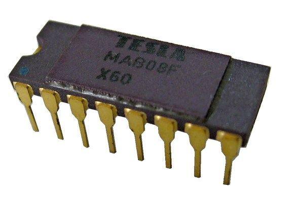 MAB08E 8-kanál analog.multiplex  DIP16