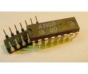 A240D mf zesilovač