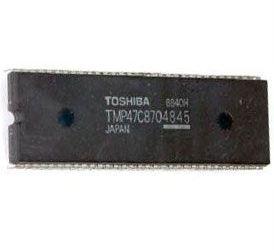 TMP47C870 4-bit mikrocontroler + ROM 8k x8 +RAM 512x4, DIP64