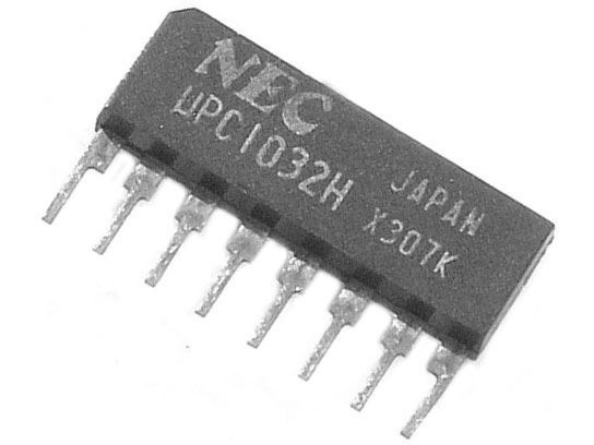 uPC1032H-2x stereo předzesilovač pro autorádia