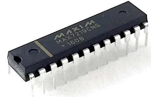 MAX7219 - budič LED matice 8x8, DIP24
