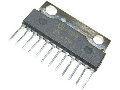 AN7164 - nf zesilovač 30W,  SIP12
