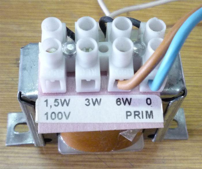 Převodní transformátor 100V/1,5-6W, pro repro 4-8ohm
