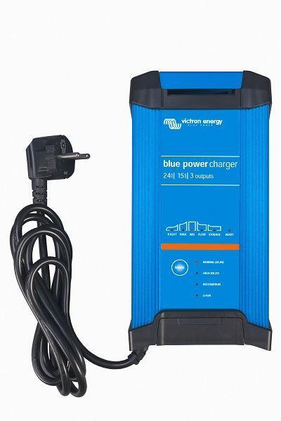 Chytrá nabíječka baterií BlueSmart 12V/15A (1) IP22