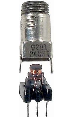 Cívka vf 10x10x18mm trn 5x18mm,ferit N05+kroužek B