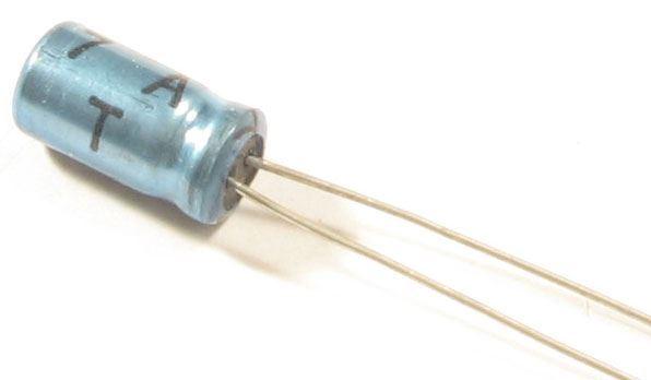 100u/10V TE013 5x11x2mm, elektrolyt.kondenzátor radiální