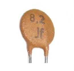 8p2/500V TK656, keramický kondenzátor