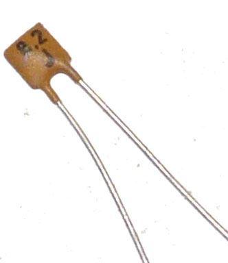 8p2/40V TK754, keramický kondenzátor
