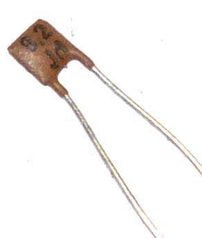 8p2/250V TK755, keramický kondenzátor