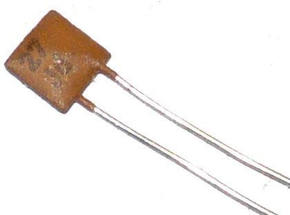 27pF/250V TK775, keramický kondenzátor