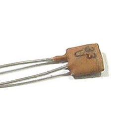 33pF/40V TK754, keramický kondenzátor