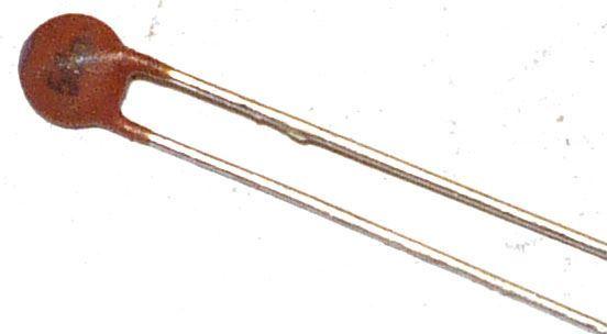 56pF/63V SK73444, RM=2,54, keramický kondenzátor
