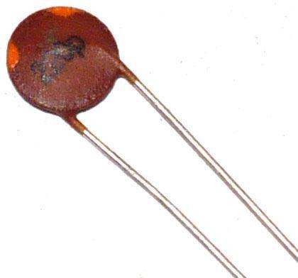 220pF/50V, keramický kondenzátor, RM=5mm
