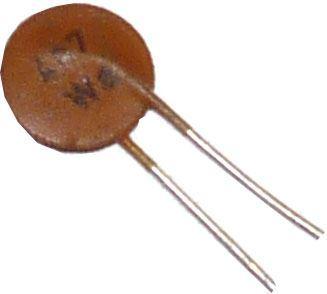 4n7/63V SK73444, keramický kondenzátor