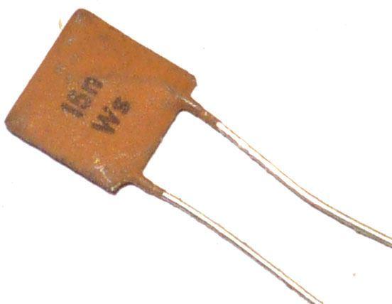 15n/40V TK744, keramický kondenzátor