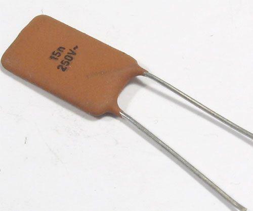 15n/250V~ TKxxx,  keramický kondenzátor