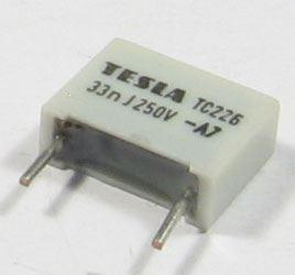 33n/250V TC226, svitkový kondenzátor radiální RM=10mm