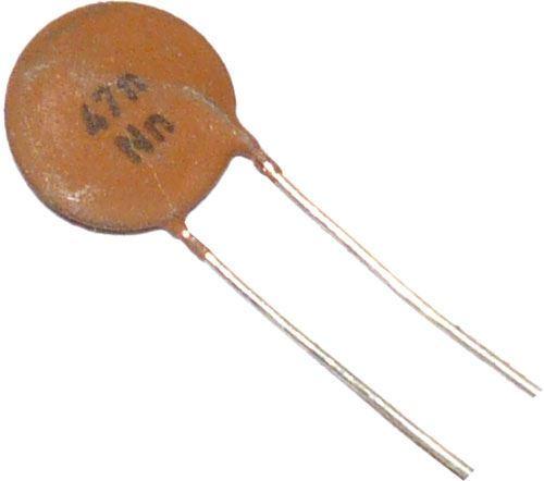 47n/12,5V TK682, keramický kondenzátor