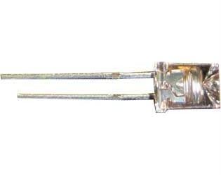 LED 5mm jantarová čirá 700mCd/25mA 110° 2,0V