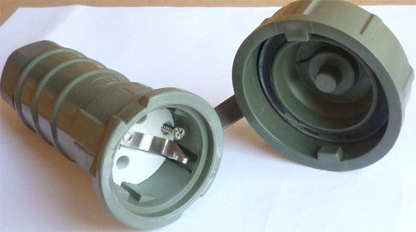Zásuvka 230V Bals, krytí IP67