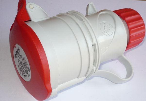Zásuvka 230/400V/16A 5kolík IP44, FANTON