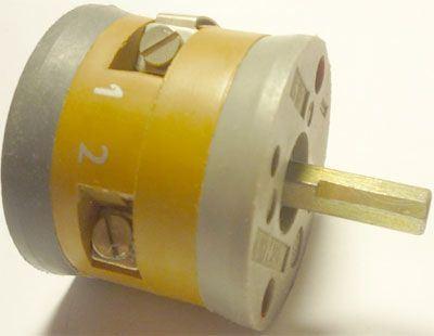 Vačkový spínač VS10 2201 C8, 10A/380V~, 3 polohy 45°