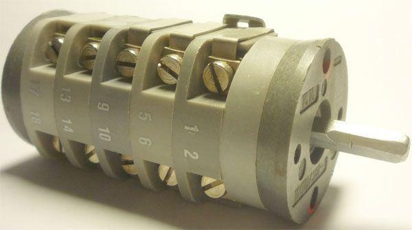 Vačkový spínač VS16 3032 C1, 16A/380V~, 3 polohy 45°