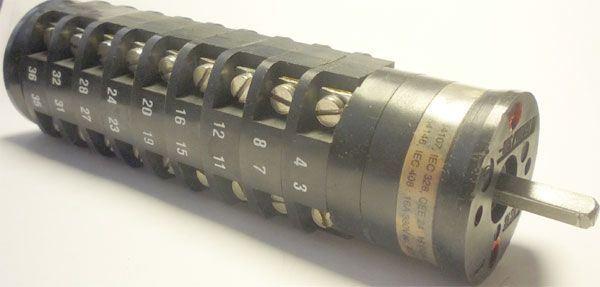 Vačkový spínač VS16 3002 C1, 16A/380V~, 2 polohy 30°