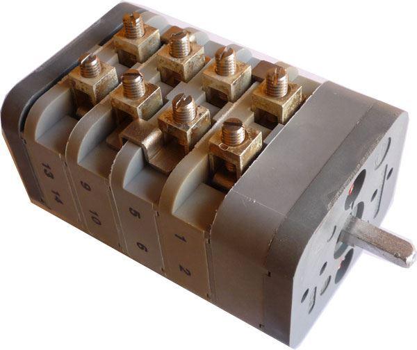 Vačkový spínač VS63 9551 B4 0-Y-D, 63A/500V~, 3 polohy