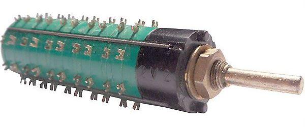 Přepínač otočný WK53333, 2-4polohy, 5paket, hřídel 3x17mm
