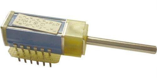 Přepínač otočný TS121 1118/02, 2 polohy, 1paketa, hřídel 3x25mm