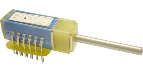 Přepínač otočný TS121 1111/12, 12 poloh, 1paketa, hřídel 3x25mm