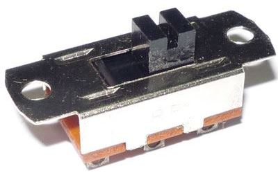 Přepínač posuvný 2pol. 34x14mm