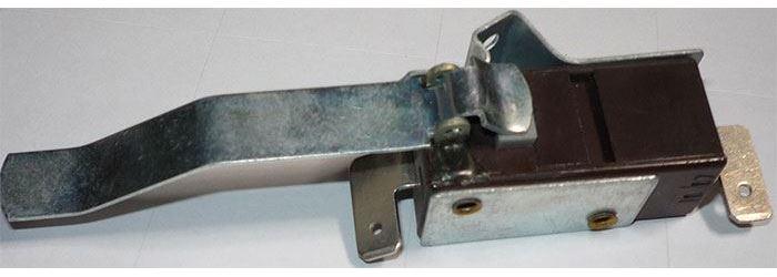 Mikrospínač OFF-(ON) T85 s páčkou