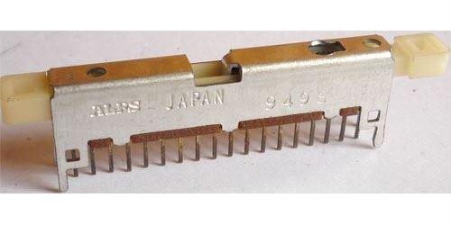 Přepínač posuvný ALPS 6pólový s vratnou pružinou. l=38mm