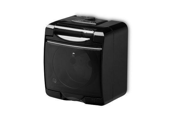 Zásuvka 250V/16A IP54, černá, Karlik