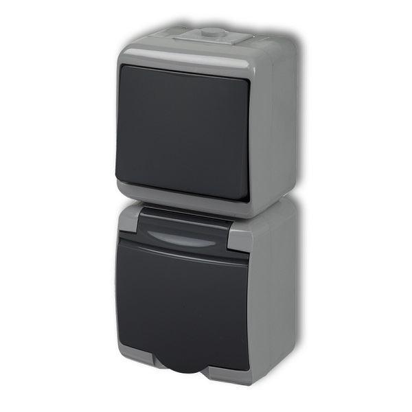 Zásuvka s vypínačem č.1, IP54, grafitová, vertikalní, Karlik