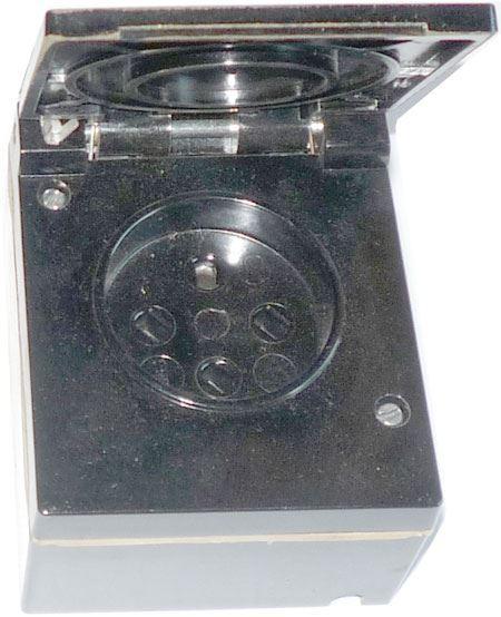Zásuvka 48V//10A 5515.7600 čtyřpólová