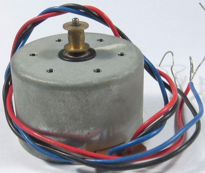 Motorek s regulací T-23200 z přístroje Sanyo C20