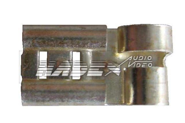 Faston-zdířka 6,3mm úhlová,.kabel do 1,5mm2, bez vývodky