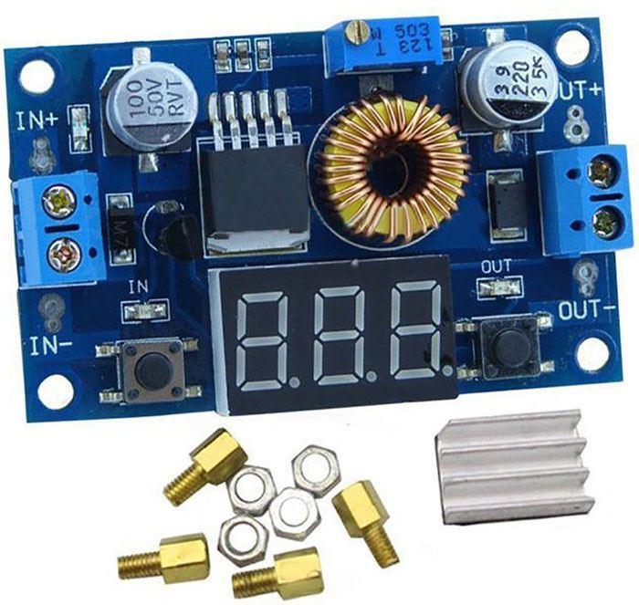 Napájecí modul, step-down měnič 5A s XL4015 a voltmetrem